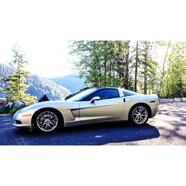 The CV22 C7 Z06 style replica wheel upgrades this C6 Corvette