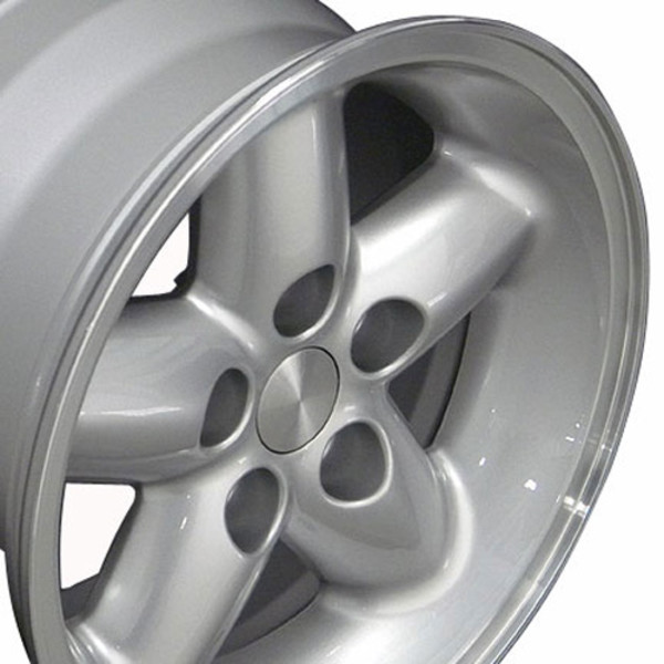 Silver 15x8 Wheel for Jeep Cherokee